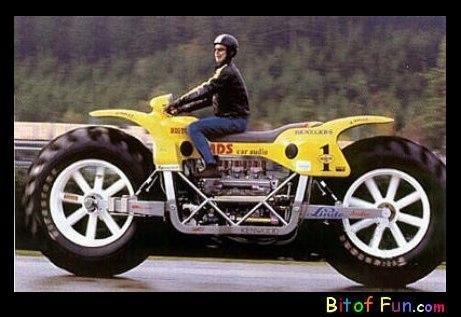 wei-bigmotorcycle.jpg
